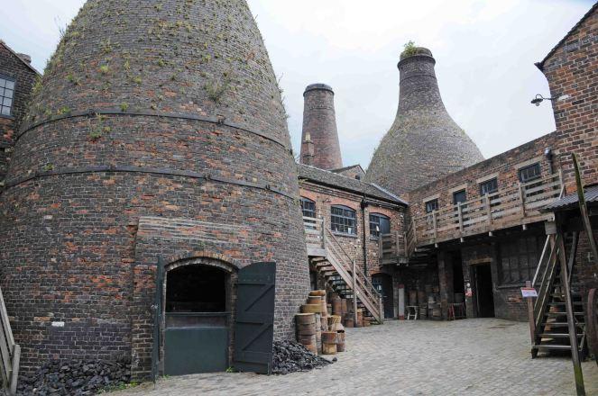 Gladstone Pottery, Longton Staffordshire.
